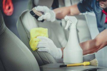 Pianka do czyszczenia tapicerki - auto.